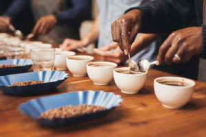 Cupping, kurs i kaffesmaking med Norgesmester Nikolai Aunbakk @ Oslo | Oslo | Norge